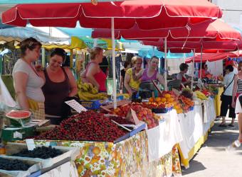 Split Walking Tour of Farmer's Market